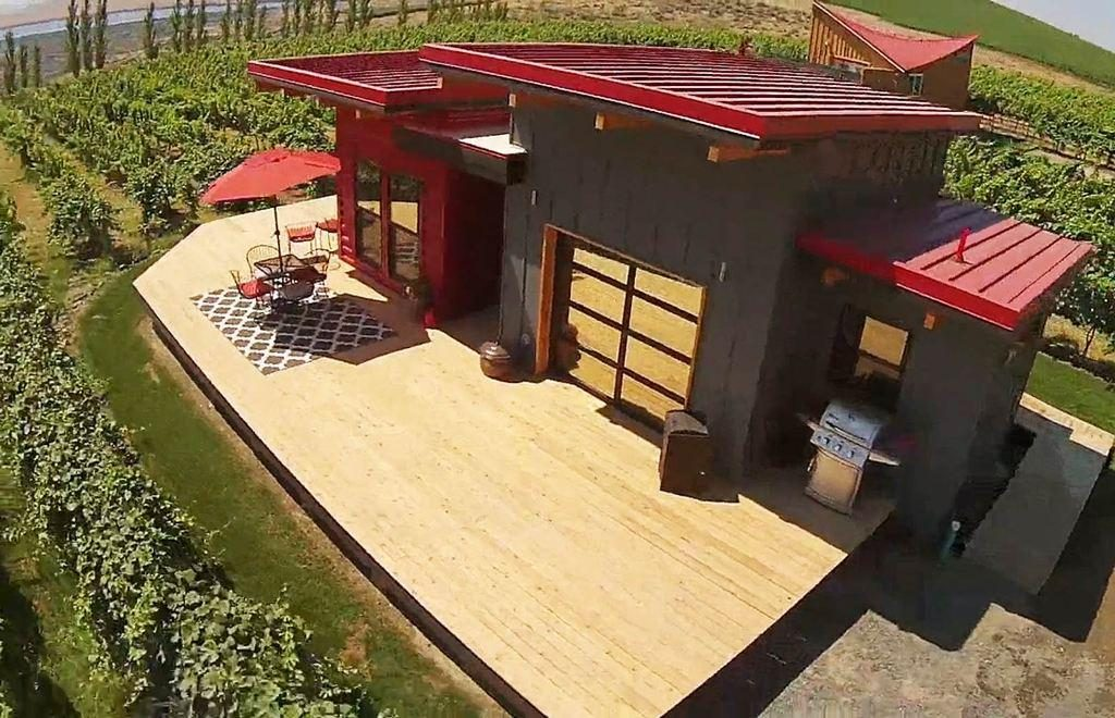 Living Luxury in a Big Tiny House Tiny Houses