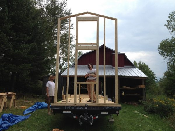 Ideas For Building a Tiny House and Living Well There