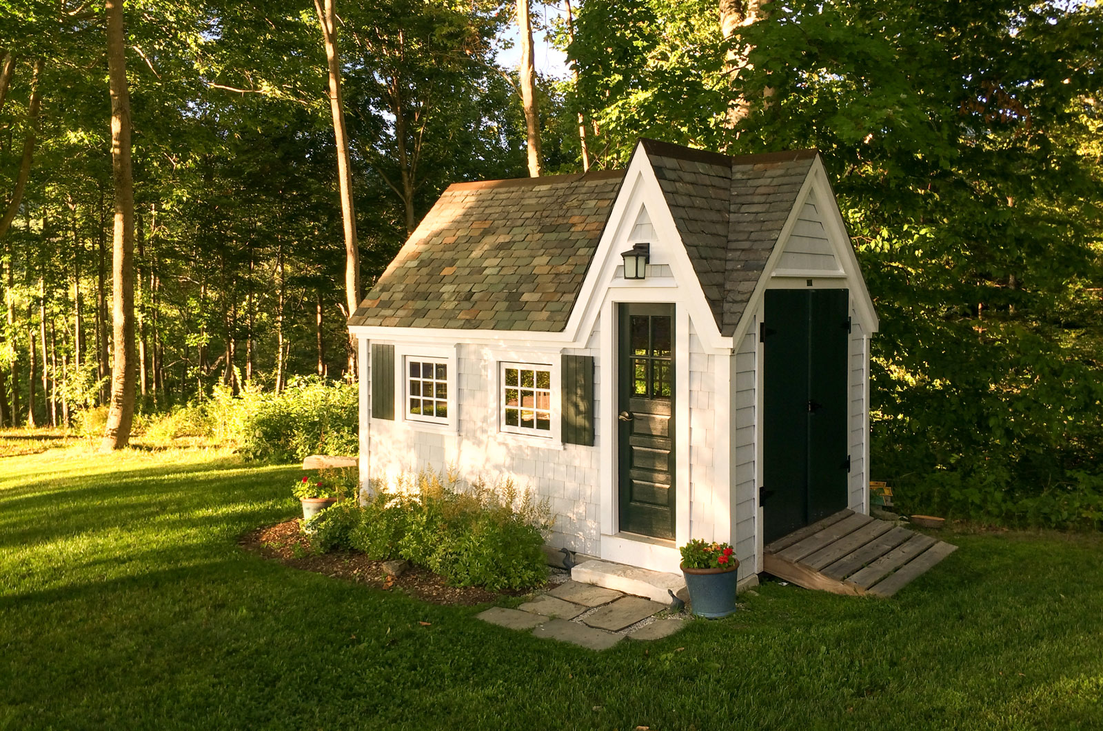 How to build a tiny house for cheap tiny houses for Kit build homes