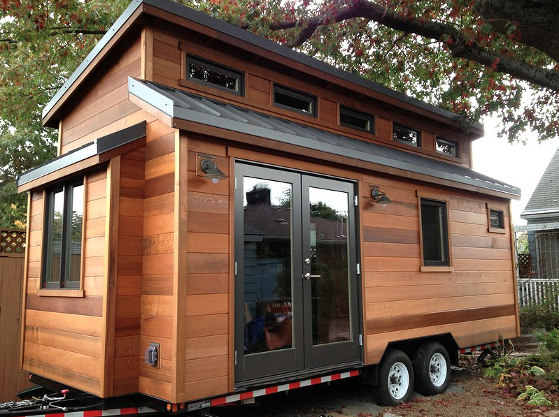 know the differences between tiny house rv and rv tiny houses. Black Bedroom Furniture Sets. Home Design Ideas