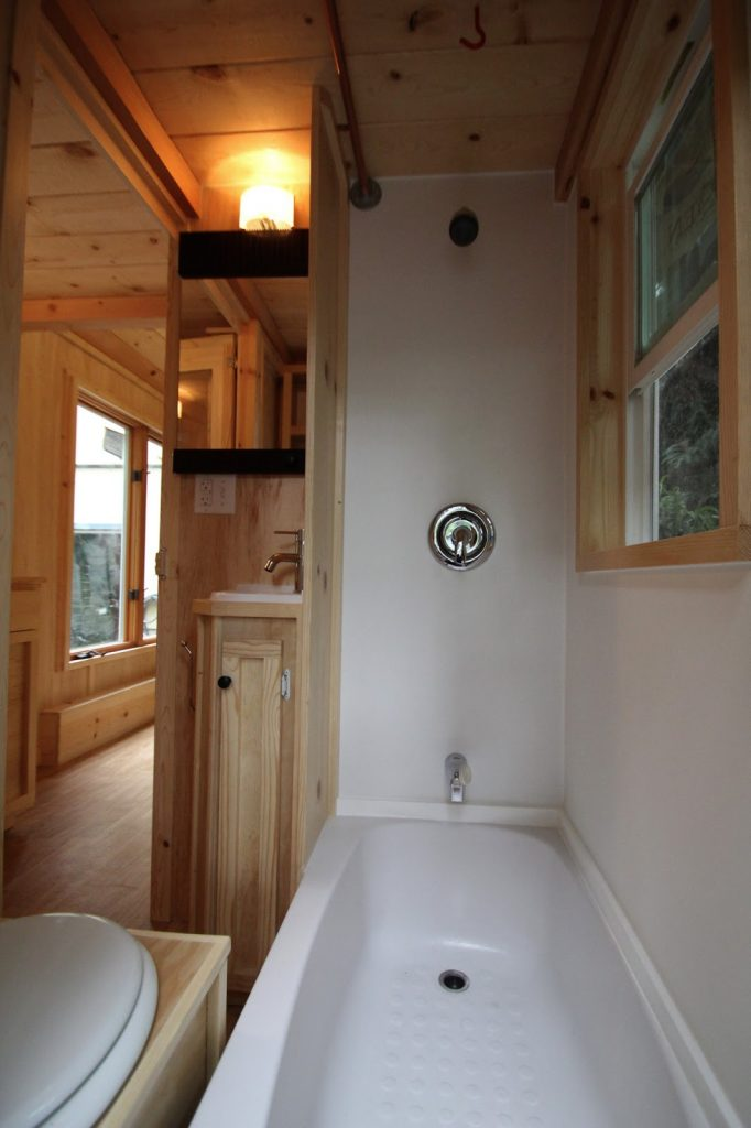 tiny house tub