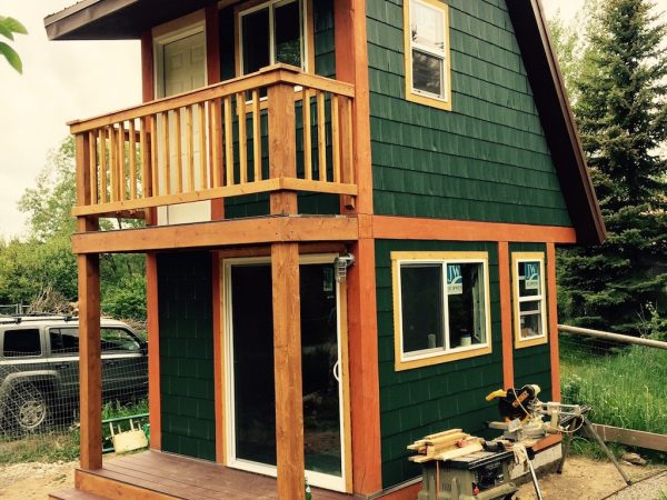 two-story-tiny-house